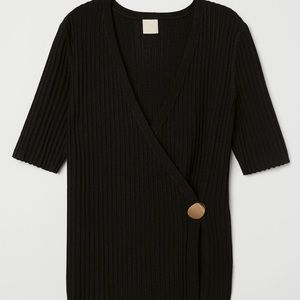 H&M Black Knitwear Fitted Top